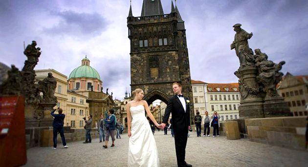 Романтична весільна Церемонія в Чехії