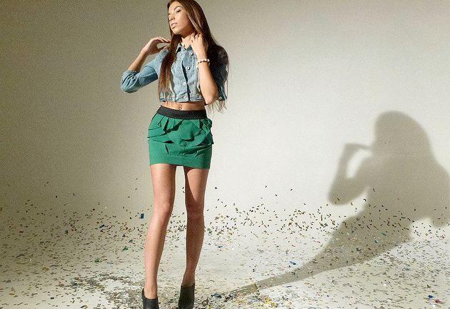 З чим носити зелену спідницю