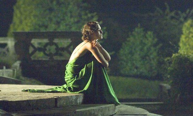 З чим одягнути зелену сукню