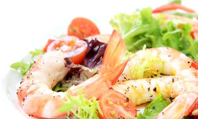 Салати з креветками