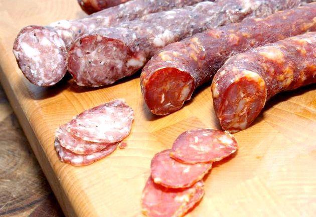 Салямі - м'ясний делікатес італійських селян