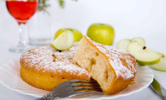 Шарлотка - дивовижні перетворення яблучного пирога