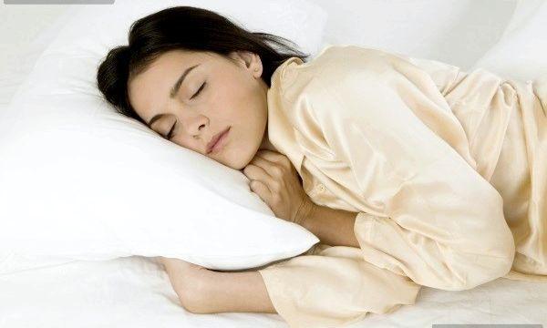 Сильне потовиділення вночі: причини недуги