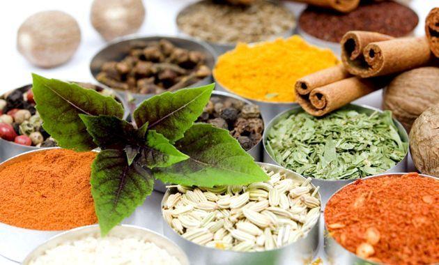Спеції, прянощі і свіжа зелень - неоціненна користь для здоров'я