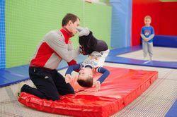 Спортивні батути: радість руху в будь-якому віці