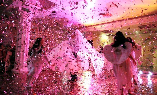 Весільне Конфетті - свято під золотим дощем!