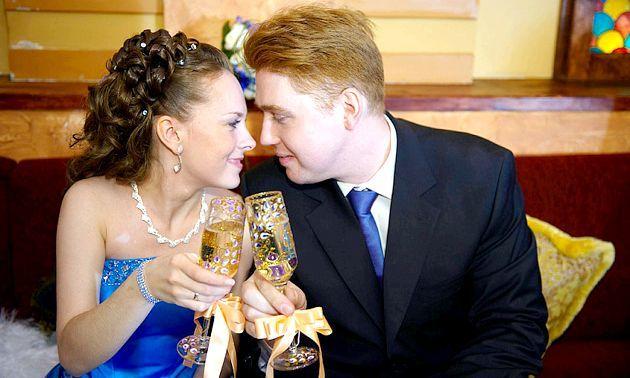 Весільні келиха своїми руками - основи самостійного прикраси