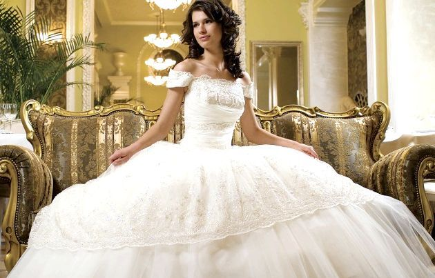 Весільні сукні: Незвичайні традиції різніх стран