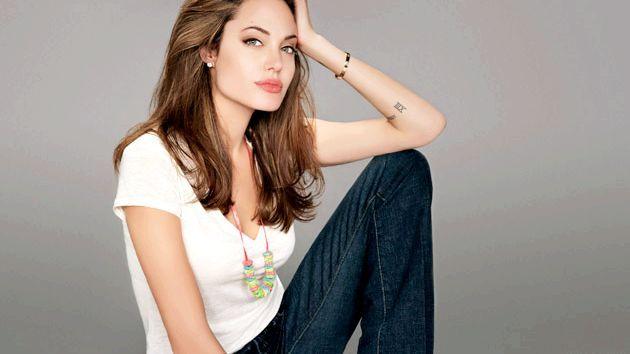 Сира дієта від Анджеліни Джолі