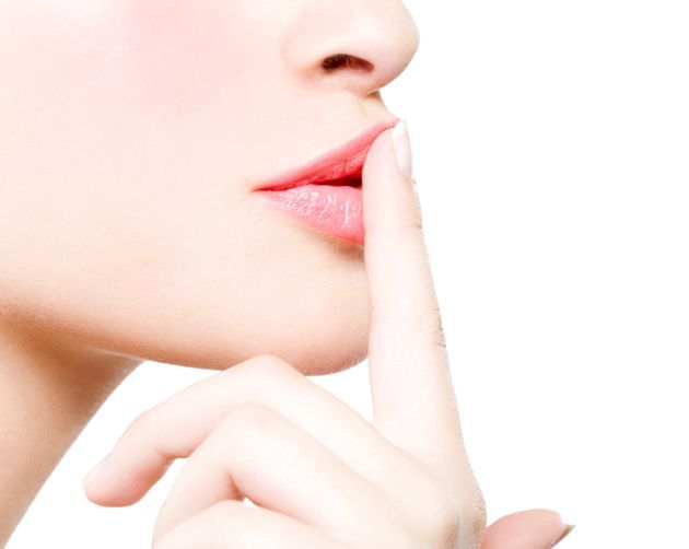 Догляд за губами після татуажу