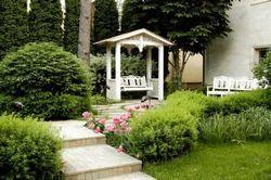 Прикраса маленького саду