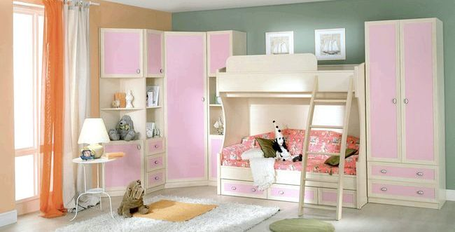 Вибираємо дитячі меблі для дівчинки