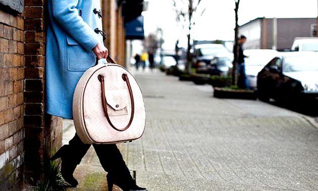 Жіноча сумка для ноутбука - філософія вибору
