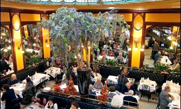 Кафе «Брассері-Липп» (Cafe Brasserie-Lipp Paris)